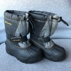 Columbia Winter Boots Kids Size 11